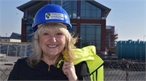 Lindsay Richards encourages women to work in construction
