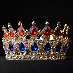 A jewelled crown [square]